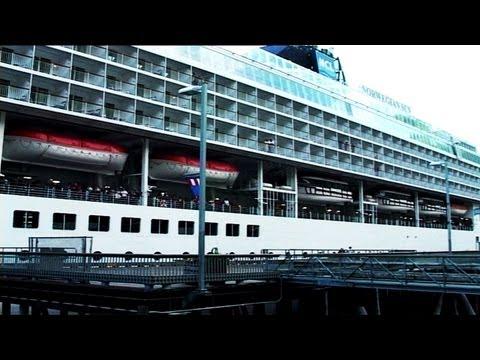 Cruise Tourism, USA - January 2005