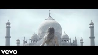 Shakira - Broken Record - (Music Video)(Chasing Shadows - Shakira (Music Video - new album 2014) https://www.youtube.com/watch?v=hr4GFyl9RF0 Medicine - Shakira ft Blake Shelton (Music Video ..., 2014-05-08T17:57:37.000Z)
