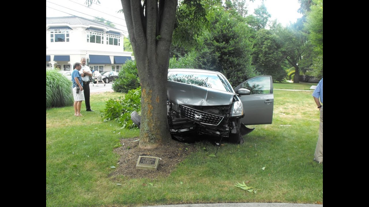 my first car crash essay First off, no one was injured both myself and the other person involved are fine  my first car accident and what we can both learn from it  first-person essays, features, interviews and q .