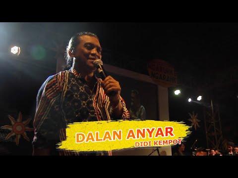 didi-kempot-dalan-anyar-(-live-at-fib-ugm-yogyakarta-)