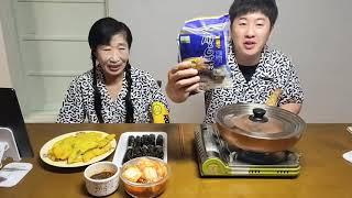 먹방Mukbang 우동,김밥,고추튀김,새우튀김,우동튀김…