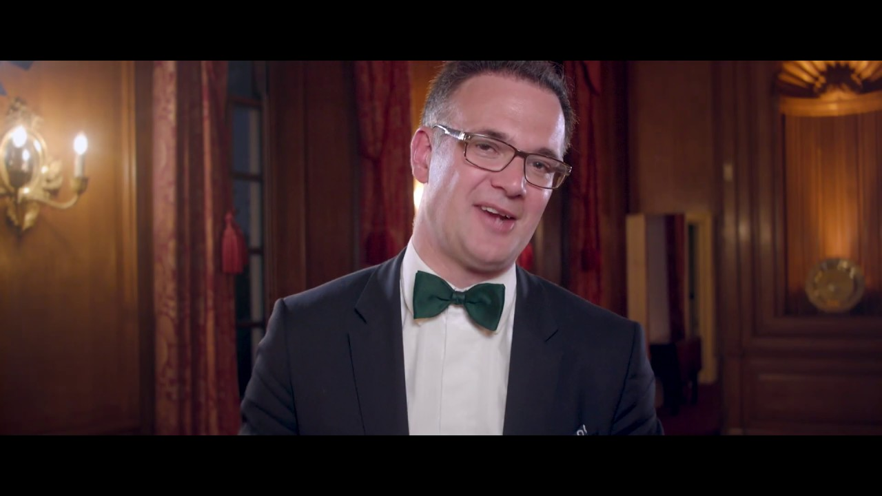 Charles Hanson Tv Celebrity Auctioneer Antiques Expert