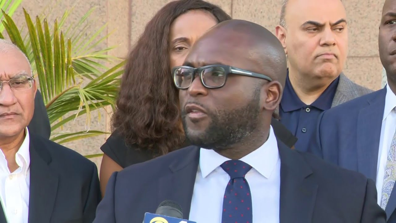 South Florida lawmakers hold #StandWithRuncie news conference