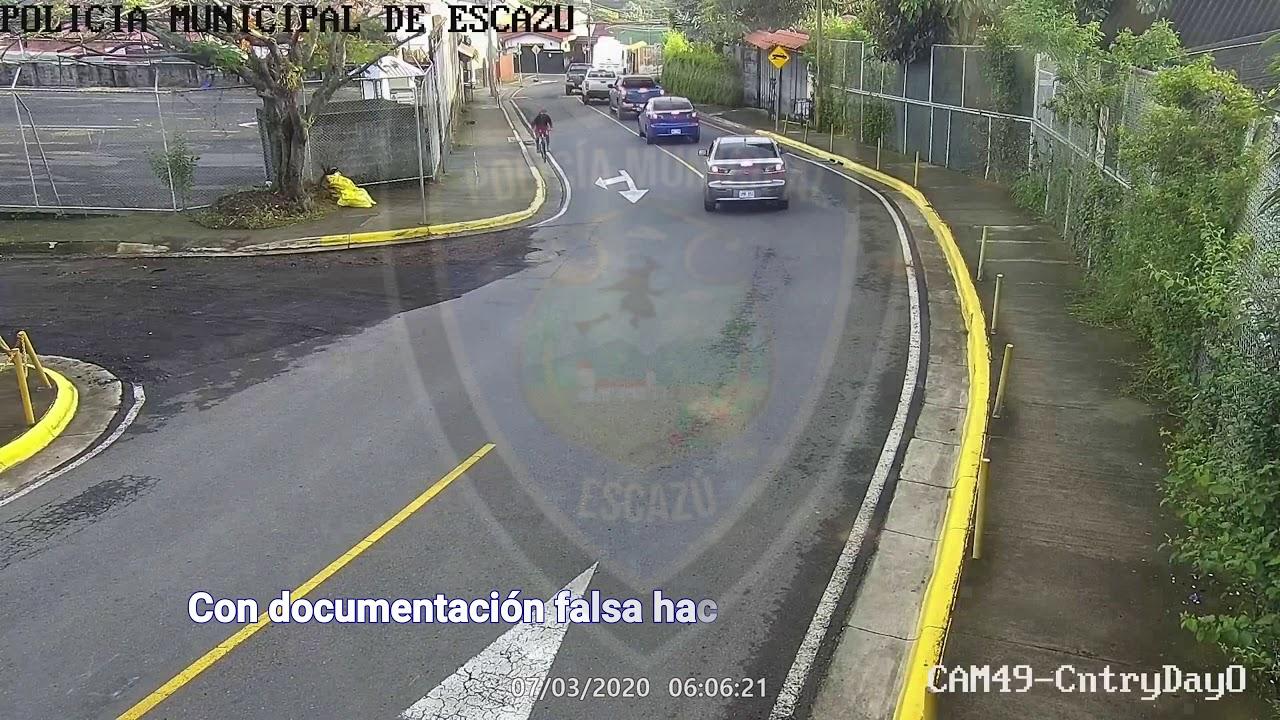 OIJ Y Policía Municipal de Escazú en allanamiento la mañana de este viernes en Escazú centro