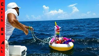 Shark Pulls guy 2 miles in ocean on Unicorn Pool Floaty! TERRIBLE T...