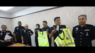 5 nabbed for impersonating policemen, robbing foreign workers