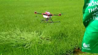 Máy bay phun thuốc trừ sâu công nghệ 4.0 tại Cần Thơ