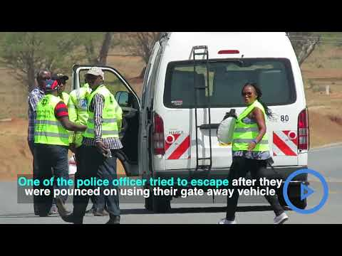 Three traffic cops arrested taking bribes from motorists