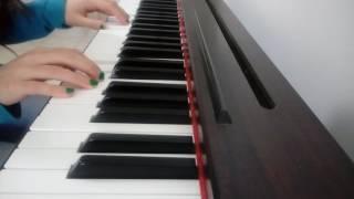 Kangaezu Ni - While She Sleeps (Piano Cover)