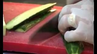 Салат с креветками маринованными грибами