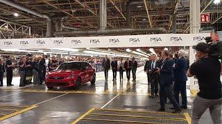 Llegada del rey a la fabrica de Opel