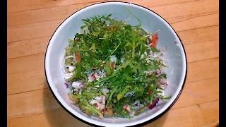 Салат морской коктейль c авокадо
