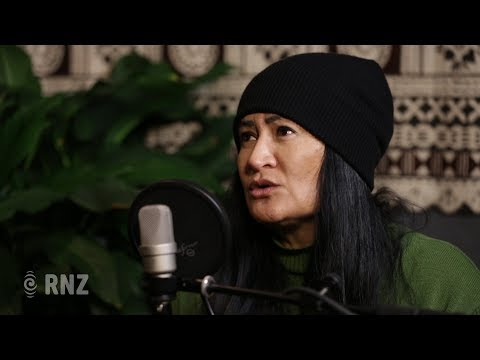 Annie Crummer discusses Cook Islands language & culture with her father