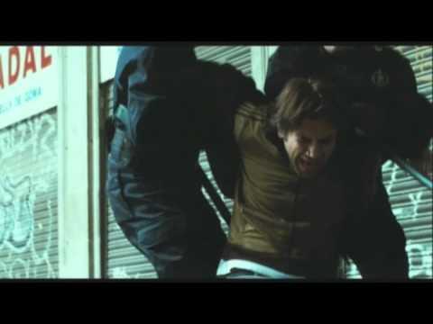 "Clip arresto Javier Bardem ""Biutiful"" - WWW.RBCASTING.COM"
