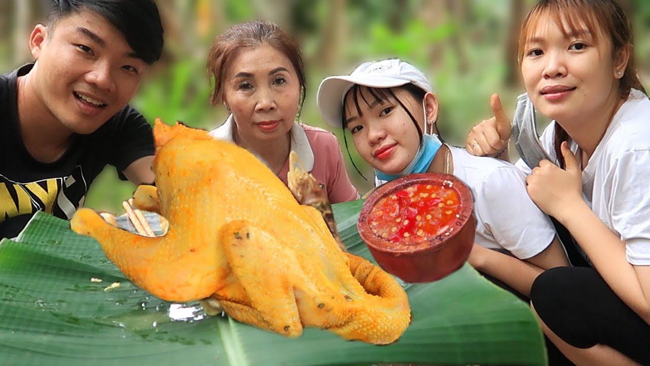 bà nội 62zz trổ tài làm gà hấp chao da vàng ươm chấm muối ớt siêu cay