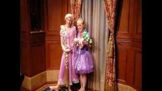 Rapunzel meets Rapunzel~ it could only happen at Disney World!