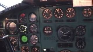 Ту-154м 85633: Полёт на север / Tupolev Tu-154: Flight to the North (cockpit view)