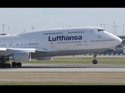 Lufthansa Boeing 747-400 Takeoff from YVR