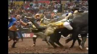 WORST WRECK: PBR Champion Mike Lee hangs up on Navasota