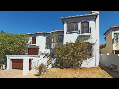 3 Bedroom House to rent in Gauteng | Johannesburg | Fourways Sunninghill And Lonehill | |