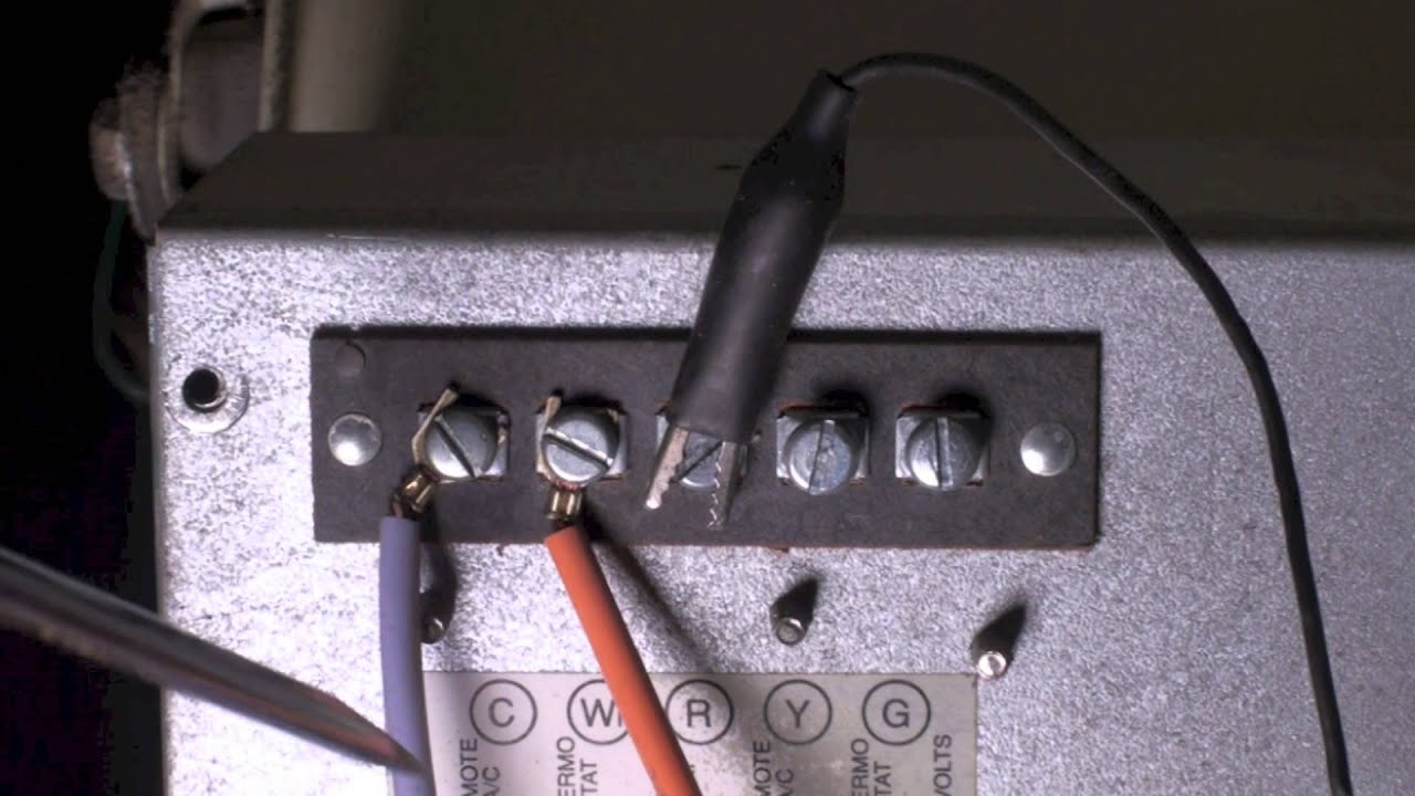troubleshoot the thermostat on the snyder general gua furnace part 1 [ 1280 x 720 Pixel ]