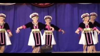 Sacramento Hmong New Year 10-11 Dance Competition: Nkauj Hmoob Pem Suab