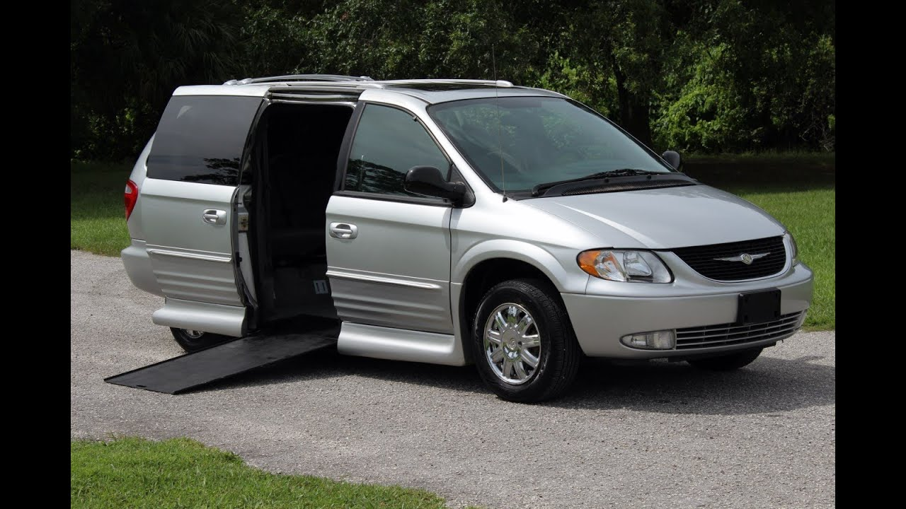 wheelchair van handicap ramp van vmi mobility chrysler town country 2004 silver 70 k www. Black Bedroom Furniture Sets. Home Design Ideas