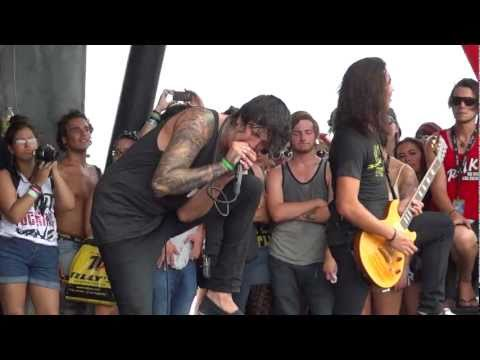 Of Mice & Men - Let Live at Warped Tour FULL HD 1080p 60 fps Front (2)
