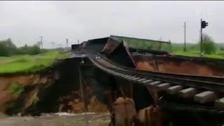 В Коми в круглосуточном режиме идет работа по восстановлению железнодорожных путей.
