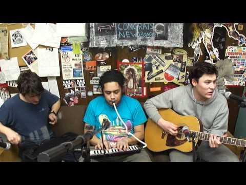 Flashlight- The Front Bottoms (Live at WZBC Newton)