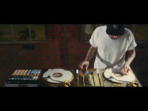 DJ CRAZE -- NEW SLAVES SCRATCH ROUTINE. Showing you what sets an expert DJ apart