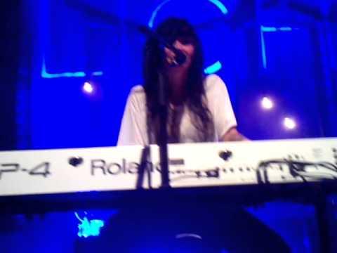 lights bed intruder song live edmonton event centre 10 18 10