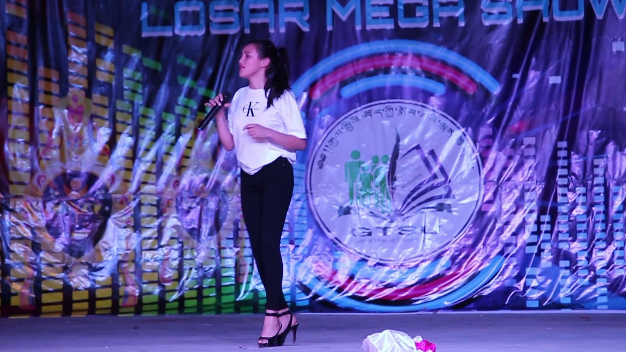 འཕུར། Fly གཞས་མ་བརྒྱད་དབྱངས་སྒྲོལ་མ། GTSU Losar Mega Show 2018 #1