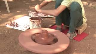 Incredible Talent of Rural India - Potter&#39s art