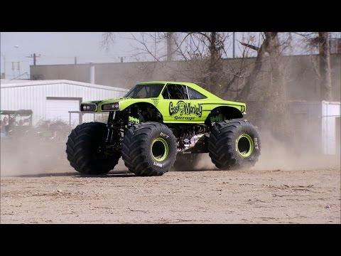 Crushing a 2015 Hellcat | Fast N' Loud