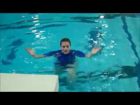 Holland Community Aquatic Center - Morgan - Fitness Move of the Day: Kick-Lift-Pop Set