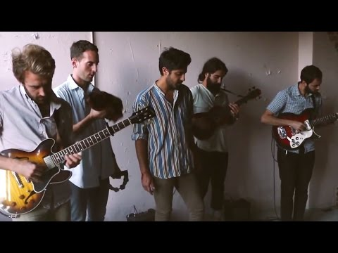 Young the Giant: Firelight (In The Open)