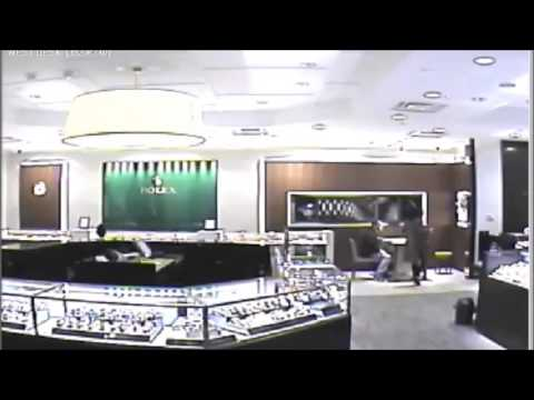 Theft 143 Bellevue Square Bellevue WA 2017-01-21