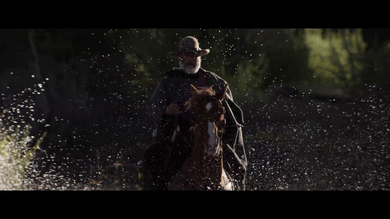 Download Thirty Horses - Frank Griffin crossing the river - Godless (2017) - HD 1080p