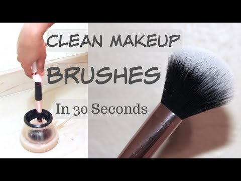 How to Clean and Dry Makeup Brushes In 30 Seconds