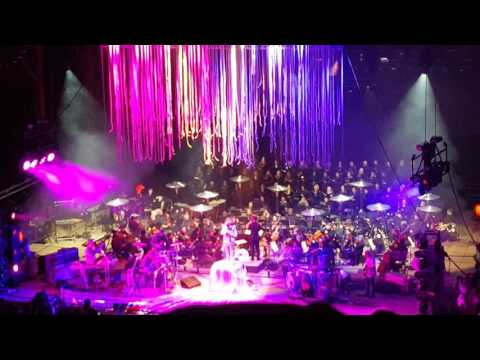 Download Flaming lips @ red rocks 2016 - Suddenly everything has changed Partial w/partial speech Mp4 baru