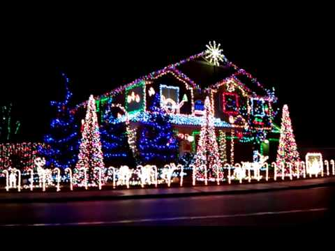 Christmas lights of a house in meridian idaho - Christmas Lights Of A House In Meridian Idaho - YouTube