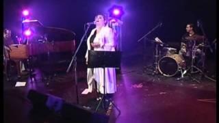 Laura Canoura - Un amor del bueno
