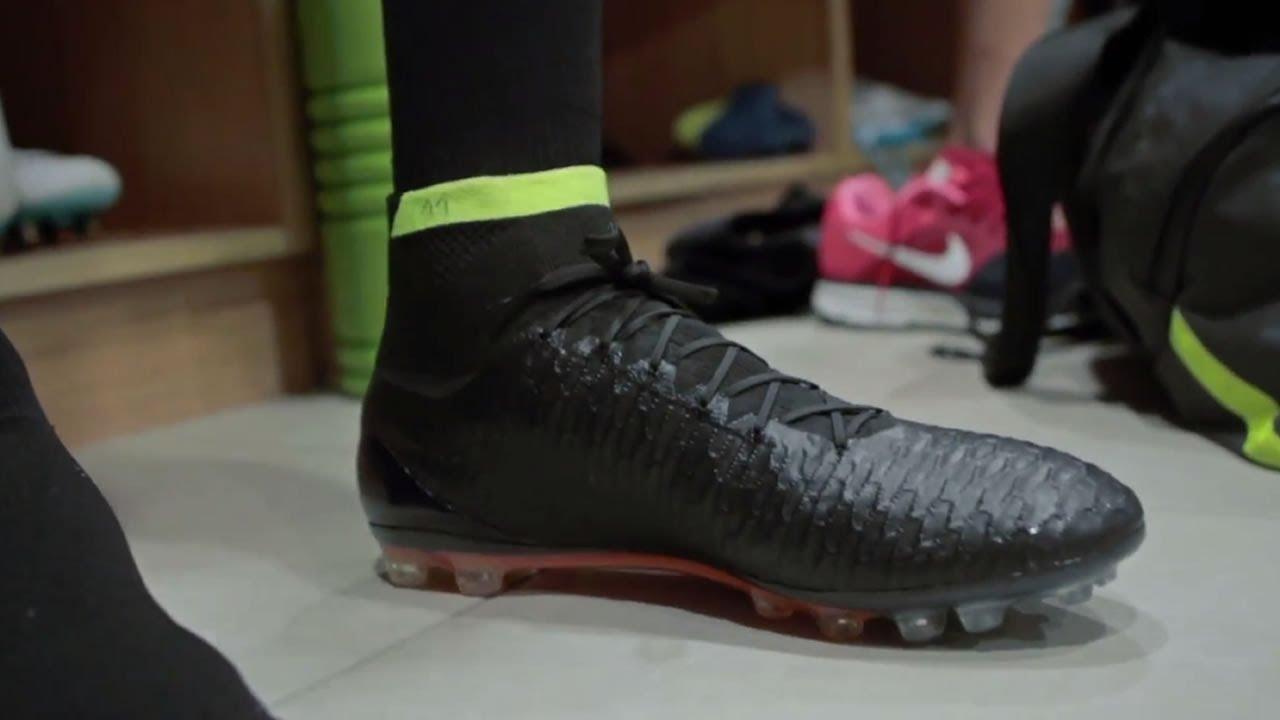 d71016db912f Nike Magista Obra Boot Test - YouTube