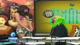 getlinkyoutube.com-La Reata de Brozo se quita la Mascara 02Feb2012360p ...