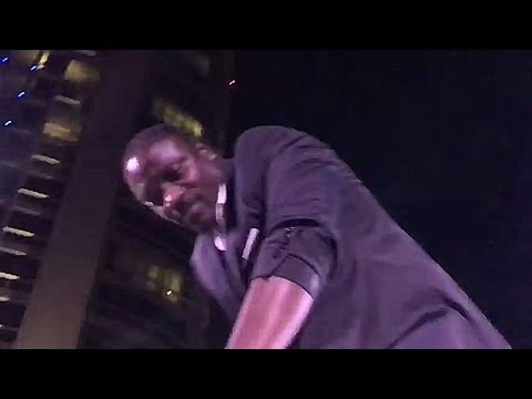 Akon in Qatar 2017 - Smack that! (Plus Doha's Night Life) (E5)