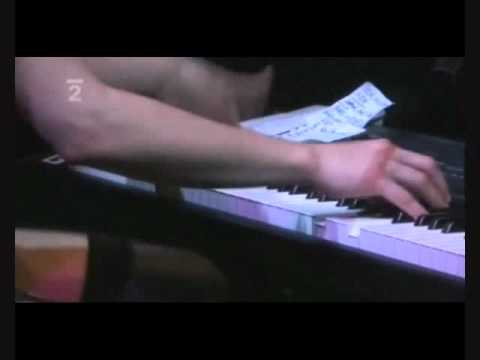 The Dresden Dolls - Mandy Goes to Med School live at Roundhouse