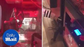 Customers choose their dinner from live lobster claw machine - Daily Mail