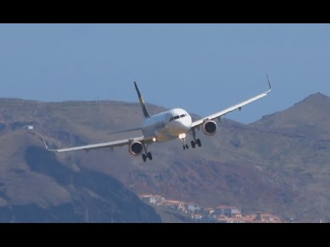 Paradise landing || Moderate Turbulence Windshear Downdraft || Madeira
