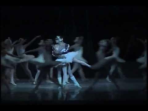Ballet Nacional de Cuba - Swan Lake/El Lago de los Cisnes - Second Act